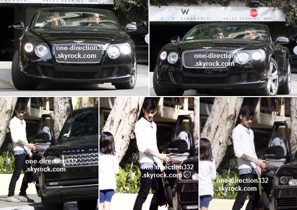 le 17 février 2014 - Harry à Burberry Prorsum A / W 2014