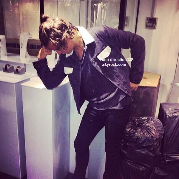 le 17 février 2o14 | Harry sortant de l'Hôtel Edition à Londres.