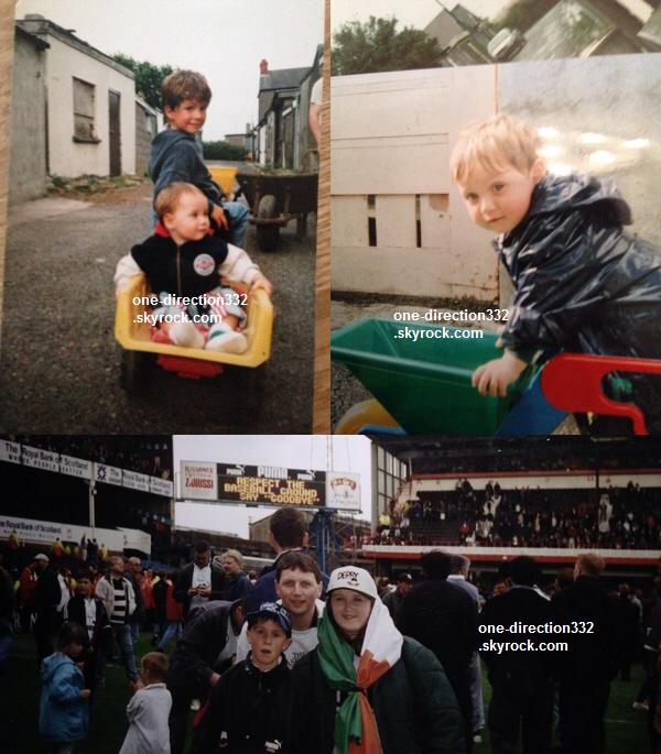le 2o avril 2o14 .|. Niall avec des fans.