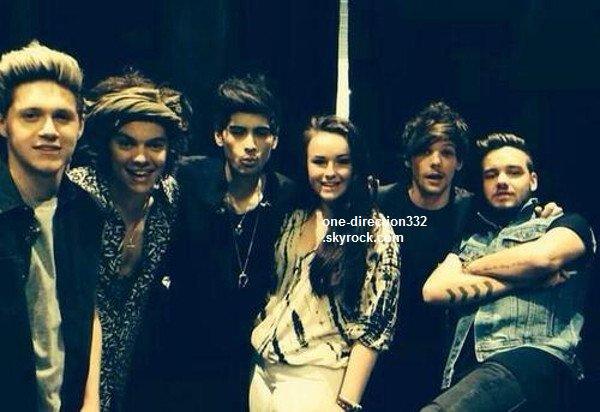 le 25 juin 2o14 .|. Une photo de Niall et Harry a été postée.