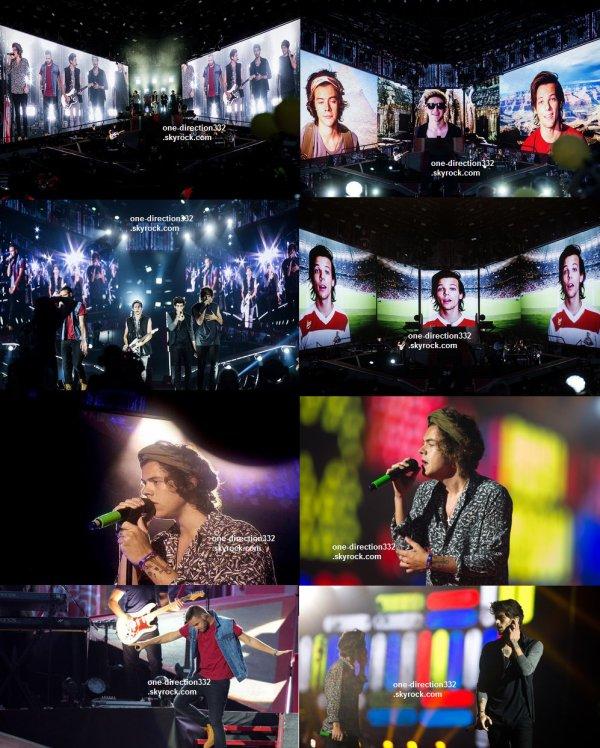 le 13 juillet 2014 - les boys ont fait leur concert à Porto.
