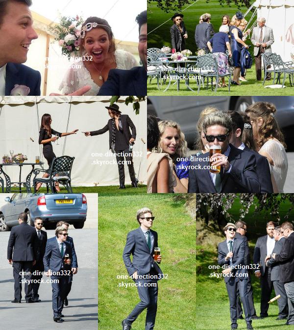 le 21 juillet 2014 - Harry a été vu dans une station service.