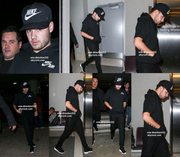 le 3 février 2015 - Liam à l'aéroport de Los Angeles
