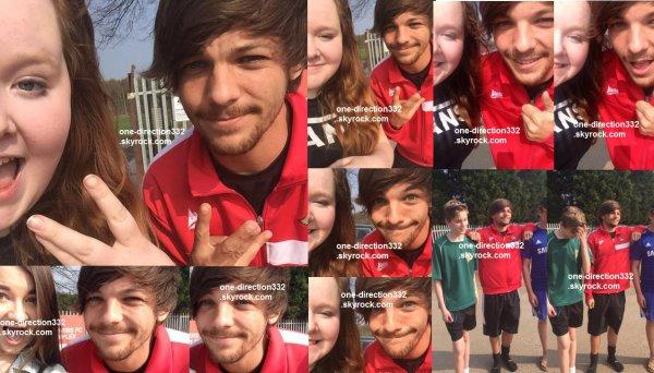 le 9 avril 2015 - louis avec des fan à Doncaster