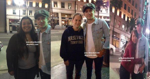 le 14 mai 2015 - niall avec des fan à los angeles