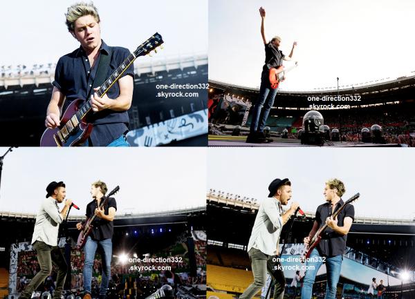le 10 juin 2015 - harry niall liam et louis ont fait leur concert à Vienna, Ernst-Happel Stadion