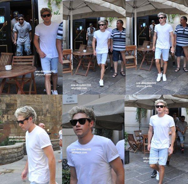 le 15 juin 2015 - Harry arrivant à la fête Loulous à Londres