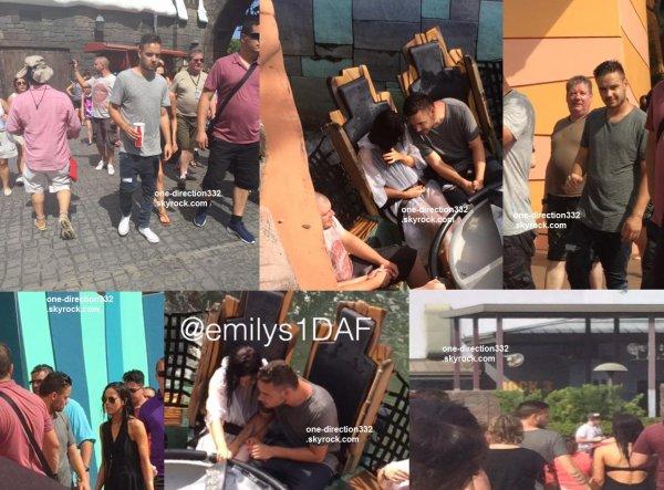 le 1 juillet 2015 - liam sophia et sa famille à Universal Studios à Orlando, FL