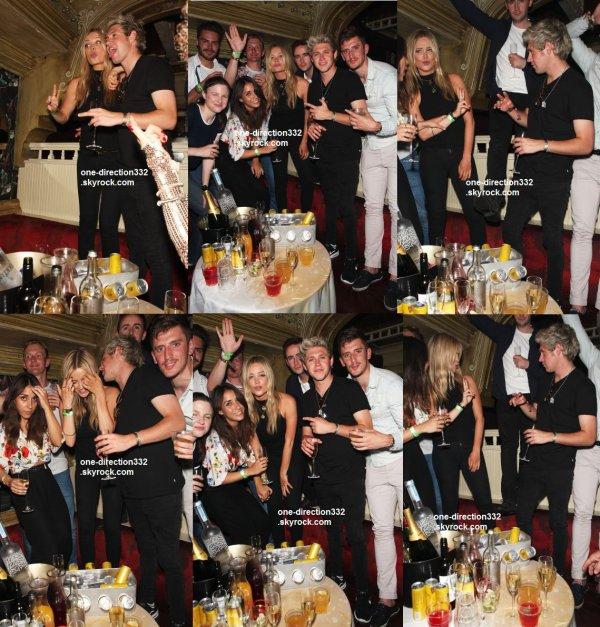 le 3 juillet 2015 - Harry à LAX
