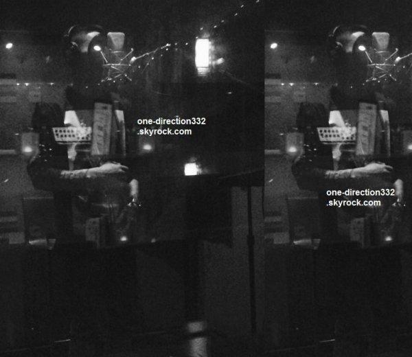 le 17 juillet 2015 - zayn dans les studio à londres