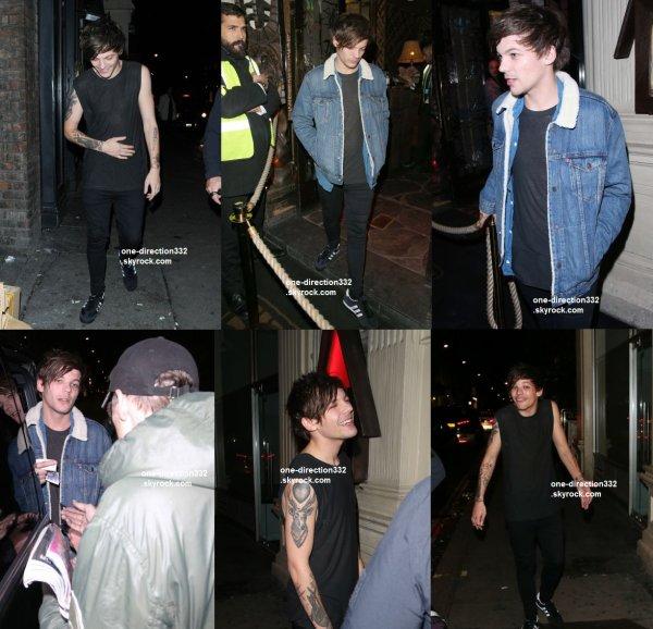 le 23 septembre 2015 - Niall et Louis laissant un club à Londres