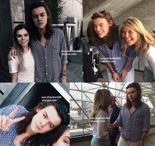 le 20 novembre 2015 - harry avec des fanà los angeles