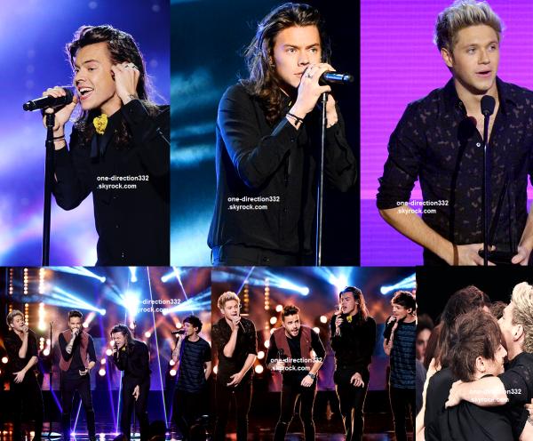 le 22 novembre 2015 - les boys aux American Music Awards à los angeles