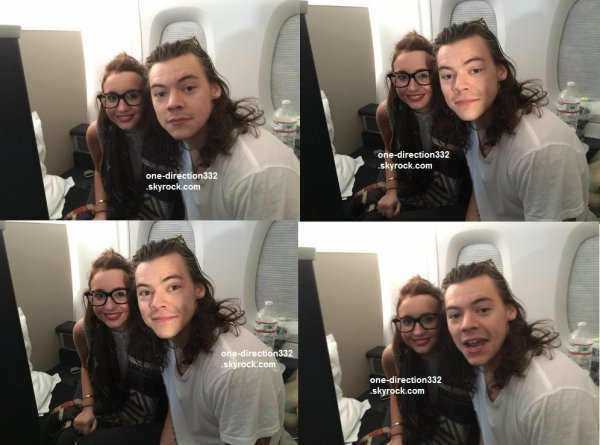 le 7 decembre 2015 - Harry sur son vol à destination de Londres