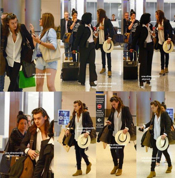 le 26 décembre 2015 - Harry et sa mère arrive à Miami