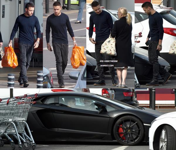 Le 03 mars 2016: Liam faisait du shopping à Sainsbury's dans Londres.