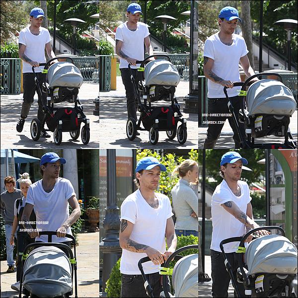 Le 14 avril 2016: Louis a été vu de sortie dans Los Angeles.