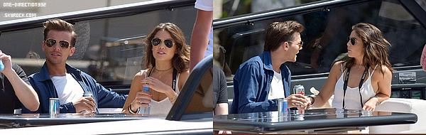 Le 25 mai 2016: Louis et sa chérie ont été vus au mariage de Jamie Vardy.