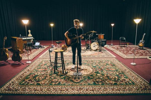 le 17 novembre 2016 - Niall répétitions pour les American Music Awards
