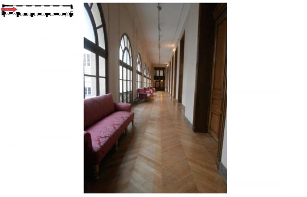 279 Couloir longeant la cour de l'apothicaire
