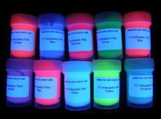 Maquillage pour visage ultra fluo ****.****