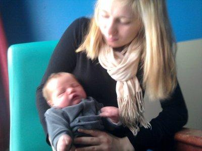 mon fils et ma soeur le jour de sa naissance il me manque trop