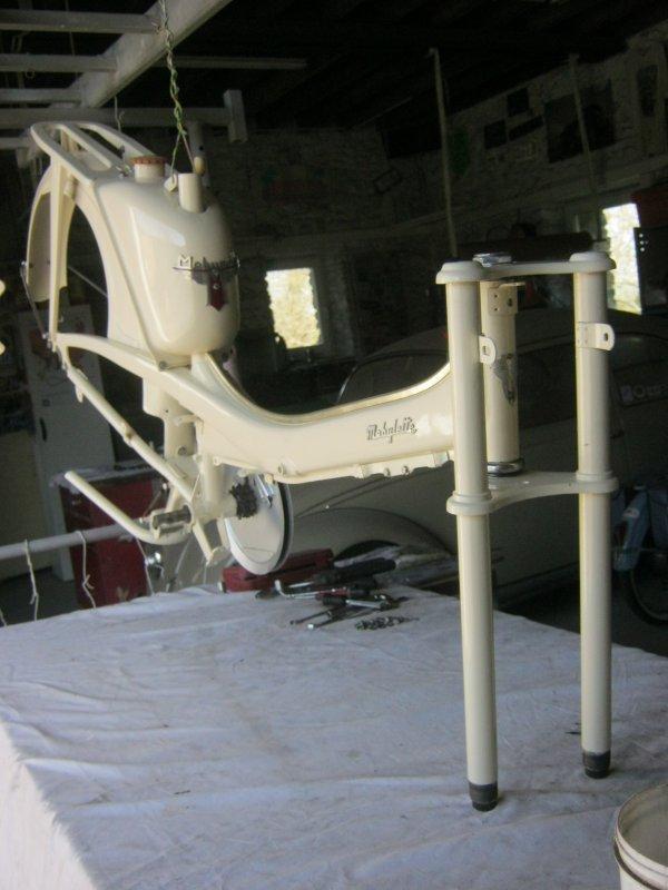 restauration de mobylette AV44 ... suite