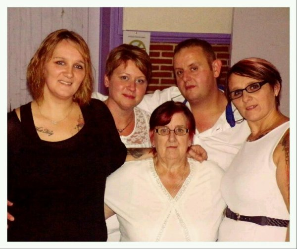 Mes sisters ma mere et moi