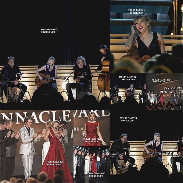 Le 7/11/2013  :Taylor a assisté à la  47e Annual  CMA Awards, elle a remporté  3 Awards .   J'adore sa robe, je lui donne un gros Top et Vous ?