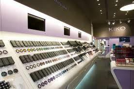 Voici quelque idée de magazin pour aller s'acheter du vernis du maquillage ect...des soin de beautet fin bref pour etre belle