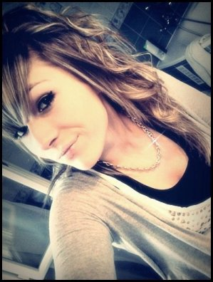 -* Alexandra.    16 ans.  St chamas '` (13).