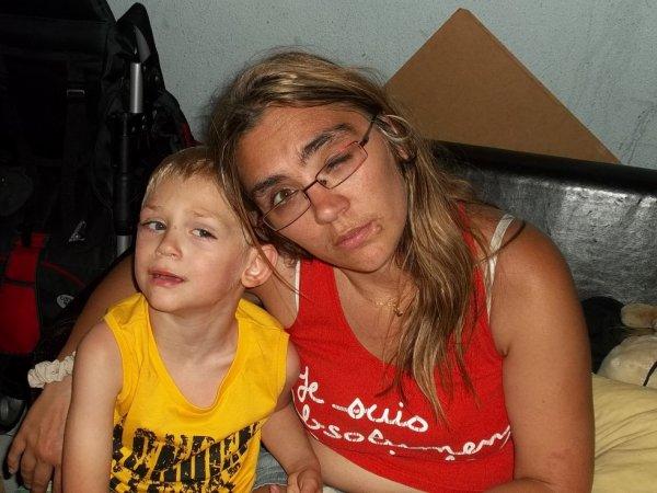 ma femme avec notre fils theo