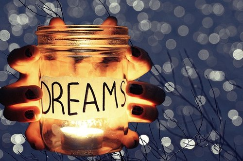 « I am a dream ...»