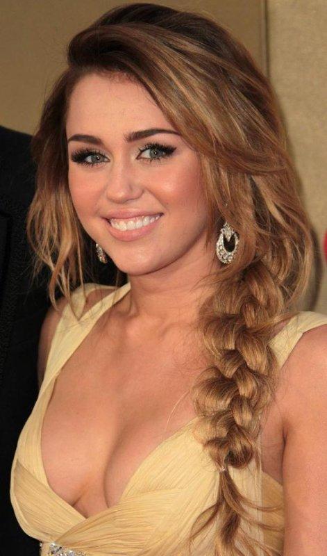 Actu Miley Cyrus : Elle évoque son rêve avec Katy Perry