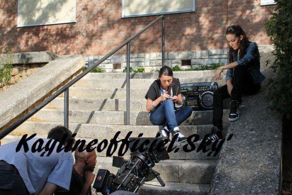 KAYLINE FEAT KENZA-FARAH : On vient de là !!!