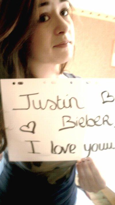 Je vais l'écouter. Justin ♥.