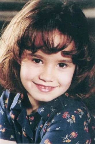 BIOGRAPHIE    DE    DEMI    LOVATO