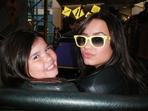 Demi Lovato sauvée par sa demi-soeur!