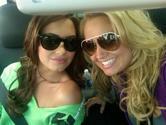 Demi Lovato sera la demoiselle d'honneur de… Tiffany Thornton !