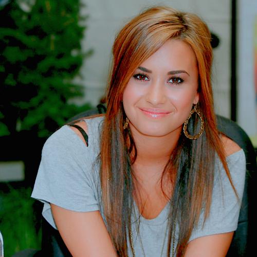 Demi Lovato s'insurge contre une publicité d'une barre de céréales minceur !