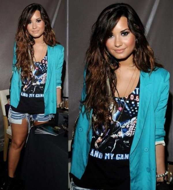 LOOK DE DEMI LOVATO : EN BACKSTAGE AUX TEEN CHOICE AWARDS 2011