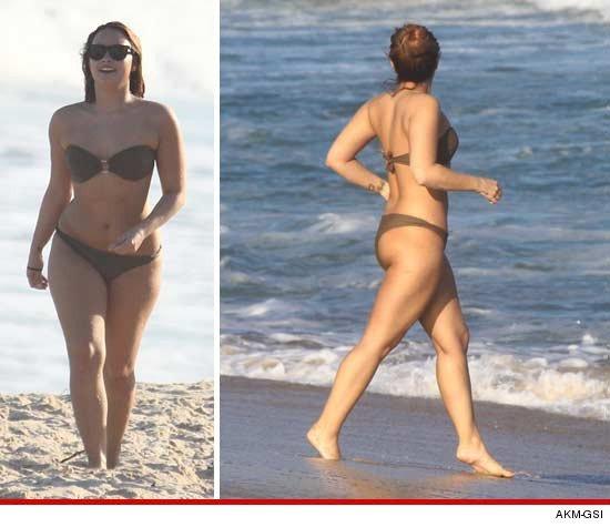 La chanteuse Demi Lovato profite d'une courte pause pour s'amuser avec ses amis à la plage