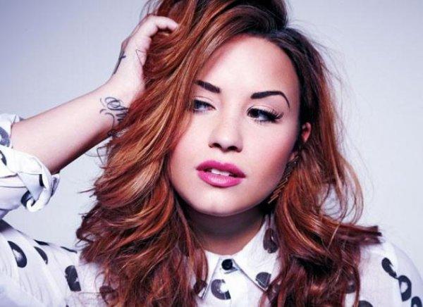 Demi Lovato : Son photoshoot pour Fabulous Magazine