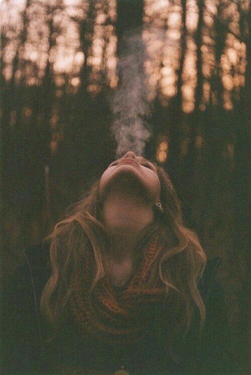Tu es comme une flamme dans mon c½ur, mais les larmes ont  déjà éteint cette lueur.