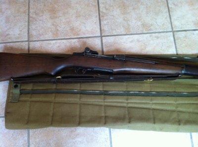 Montage de la sangle en cuir sur le fusil Garand