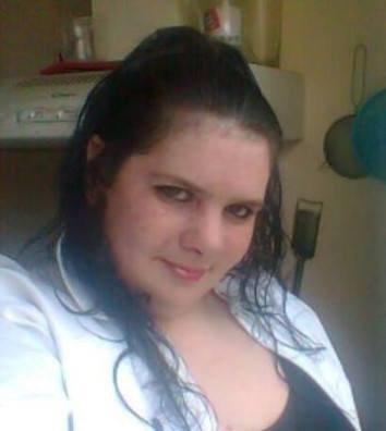 C'est moi et je trouve que le blanc me vas bien :)