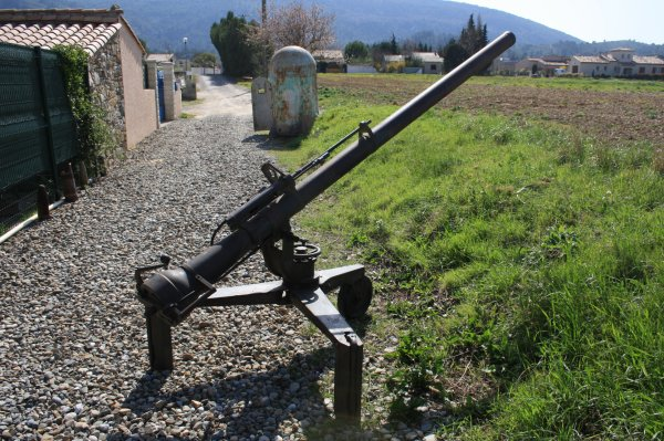 Canon de 106 SR M40