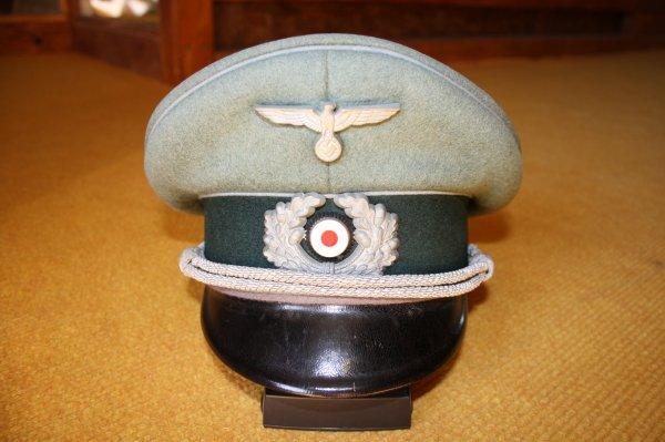 Casquette Allemande Officier train hippomobile et automobile, intendance (1921-1945).