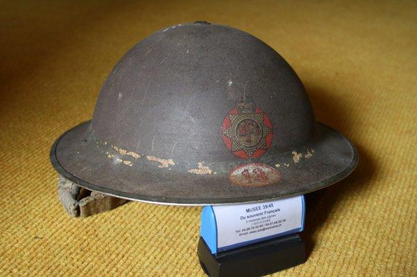 casque Anglais du 13e régiment de National Fire Service (pompier).