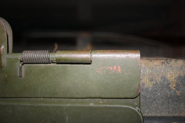 Porte carte tissus et planchette porte documents en bois et métal .